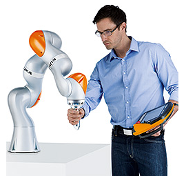 KUKA LBR iiwa机器人人机协作解决方案 (123播放)